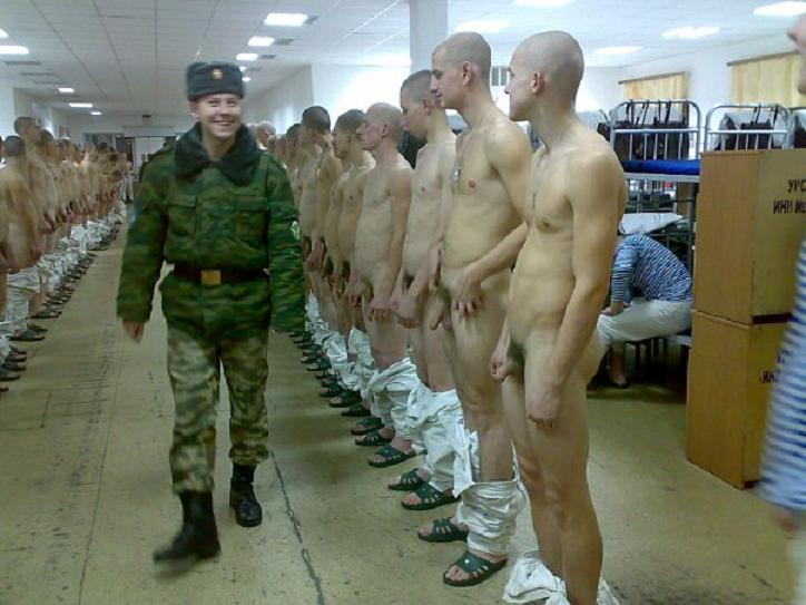 фото стоячего члена в кальсонах у солдат