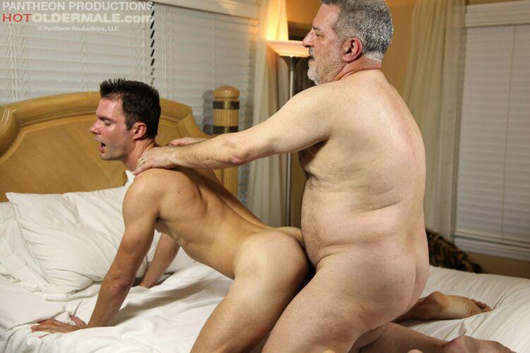 фото старых геев и молодых геев