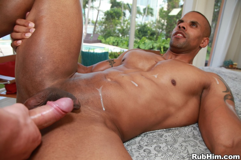 Cute Nice Body Sexy Guy Gets His Ass Fucked