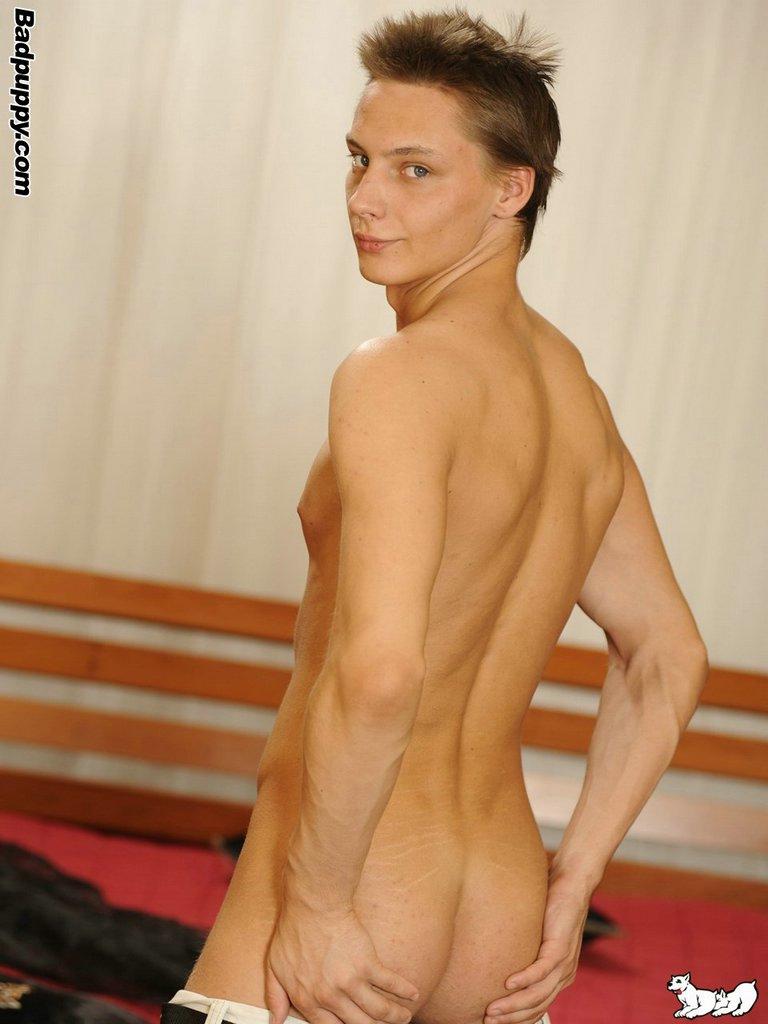 Kamil Jezek Gets Massage