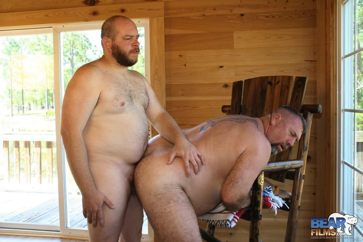 gay muscle bear sex