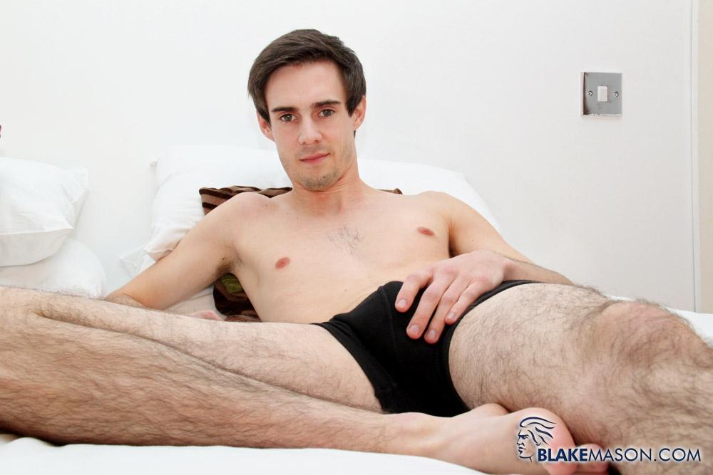 Shemale hentai selfsucking