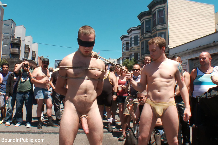 Naked Men In Public 46
