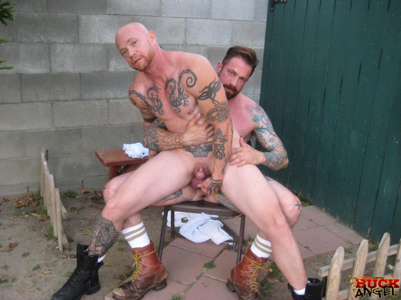 his buck angel naked