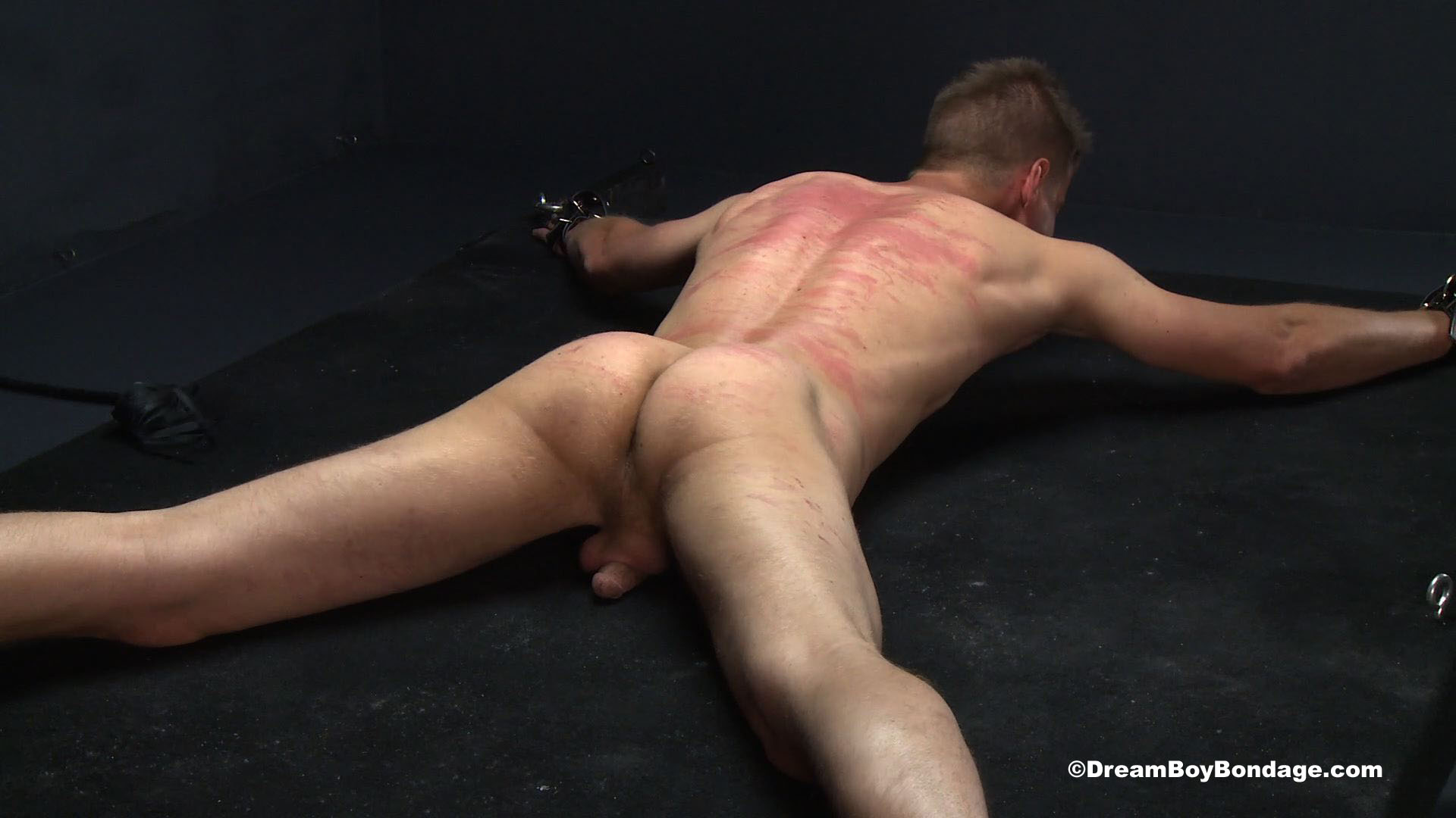 Site free Dream bondage boys while others