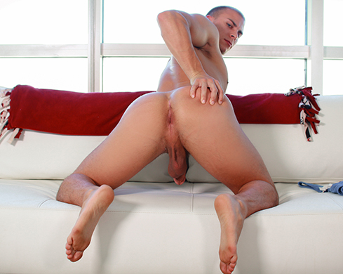 Gay stretched eli hunter