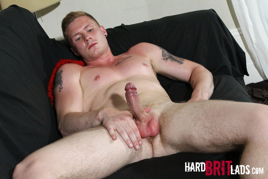 Uncut men jerking off