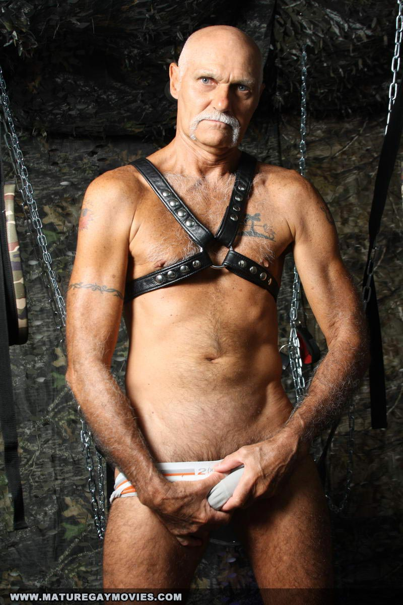mature gay tube sites