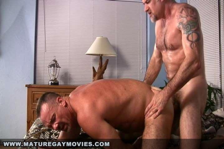 gay bar canada