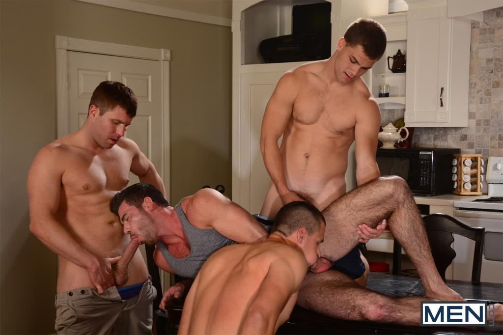 Gay orgy as his mouth went up and down on 4
