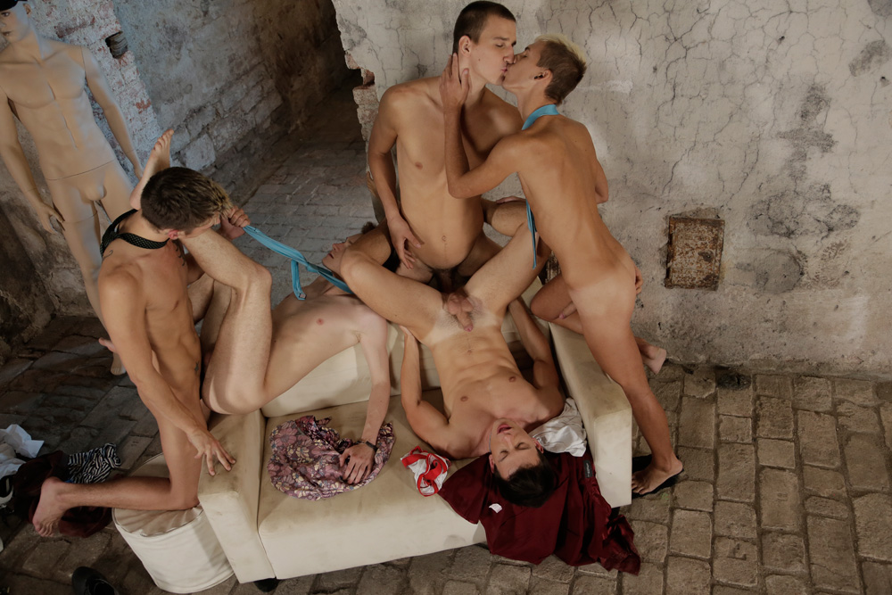 gay male discipline bondage